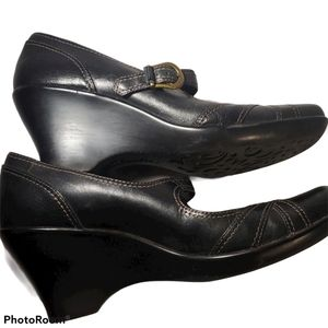 Clark's Mary Jane Leather Shoes